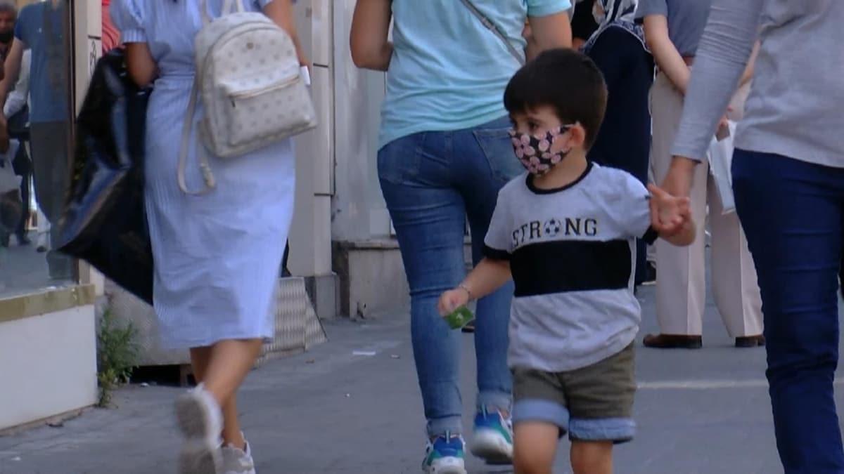Çocuklarda desenli maske alerjiye sebep olabilir! Desenli maskenin zararları