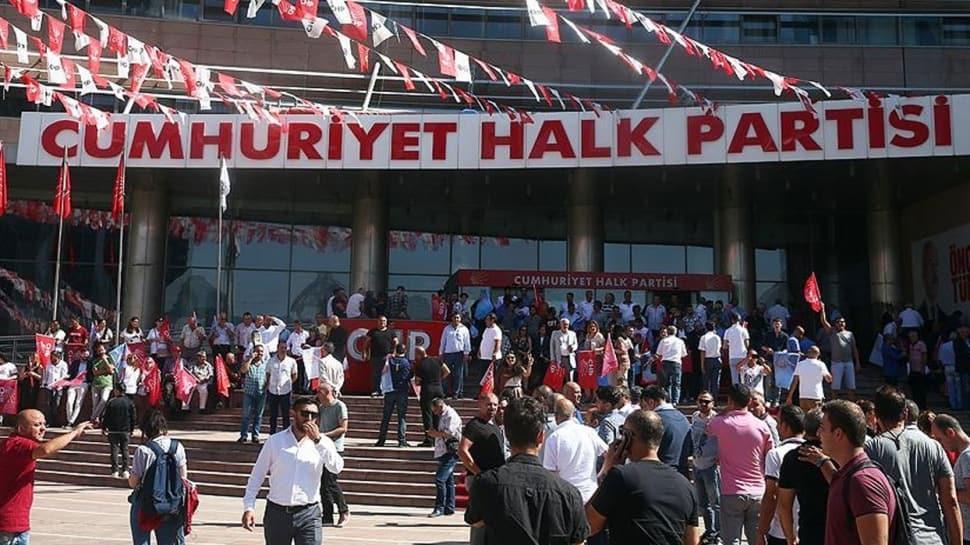CHP'de kurultay öncesi imza krizi