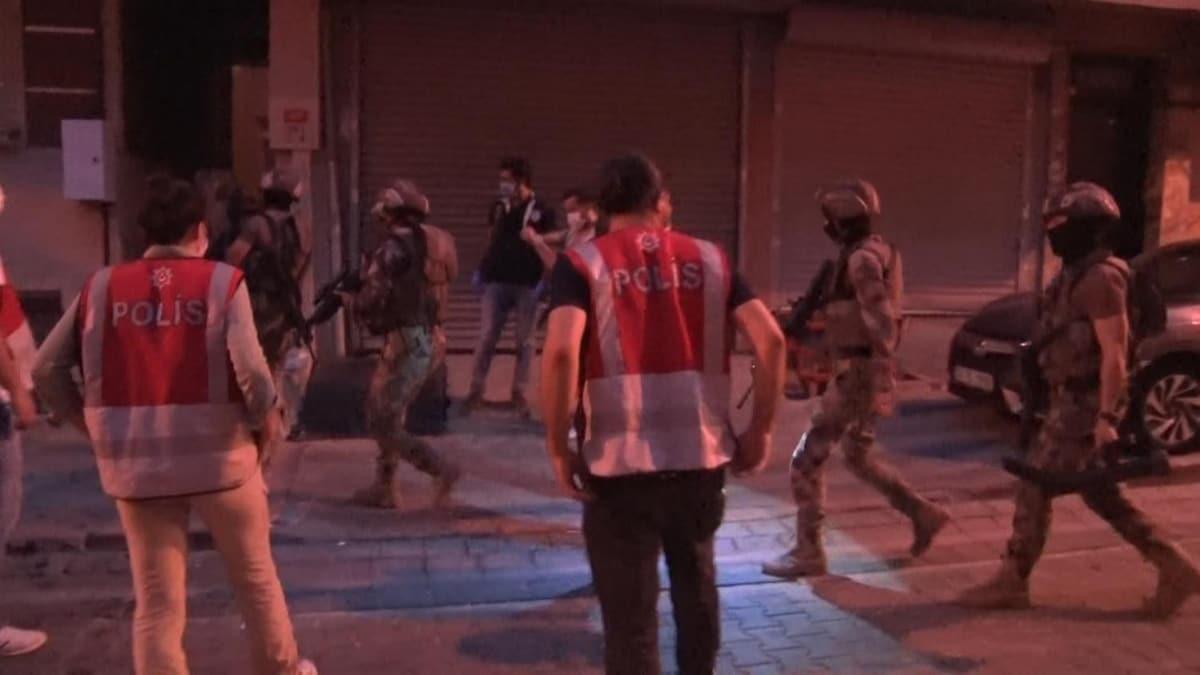 İstanbul'da internet dolandırıcılarına şafak operasyonu: Çok sayıda şüpheli gözaltında