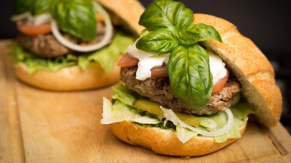 """Dünyanın en kolay hamburger ekmeği tarifi! Hamburger ekmeği nasıl yapılır"""""""