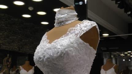 Gelin adayları gelinlikten önce maskeyi soruyor! Gelinlere özel maske çeşitleri