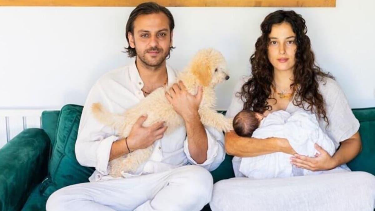 Erkan Kolçak Köstendil ve Cansu Tosun'dan oğullarıyla ilk poz