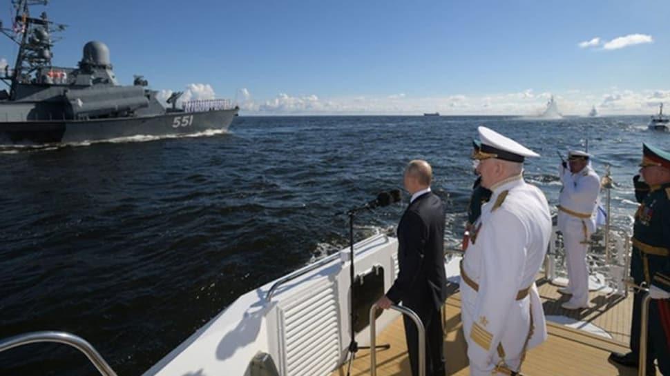 Putin'den düşmanlarına gözdağı: Rus donanmasını benzersiz hipersonik sistemlerle donatacağız
