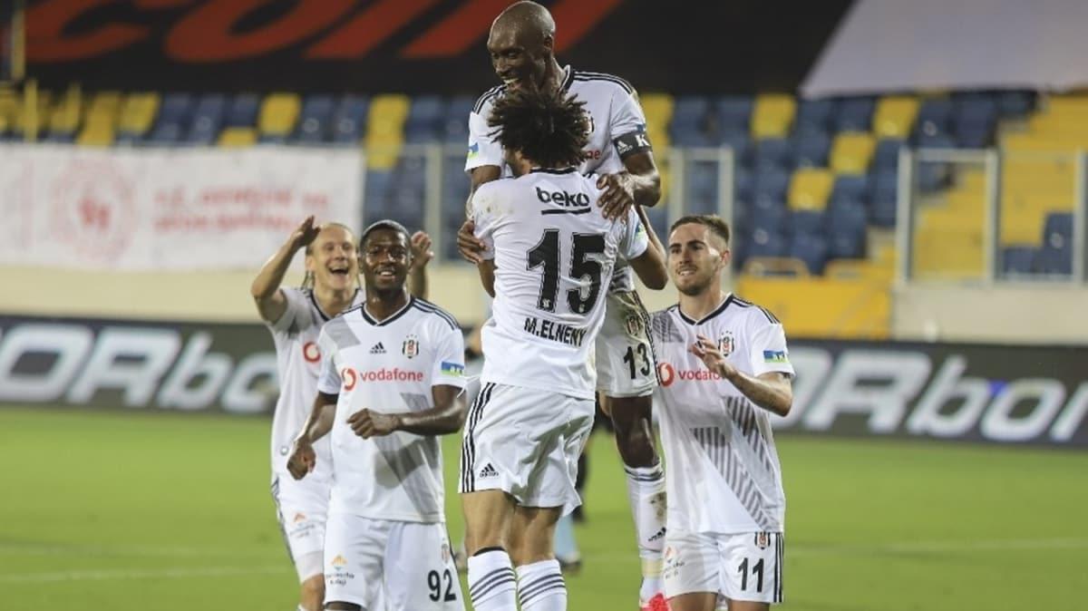 Beşiktaş'ın gözü Şampiyonlar Ligi'nde! Transfer politikası değişecek...