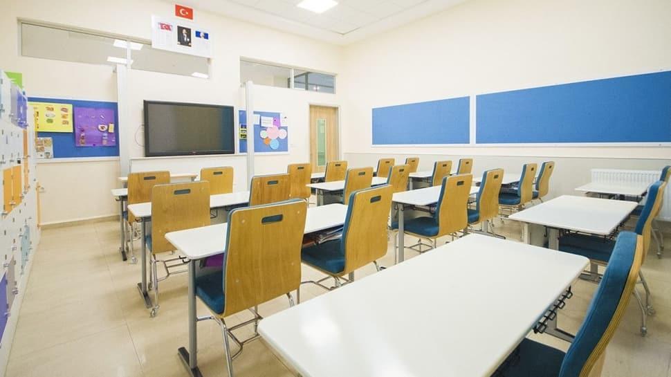Kovid-19'lu ilk ders yılı için kılavuz yayımlandı: Okullara 'temiz belgesi' şartı