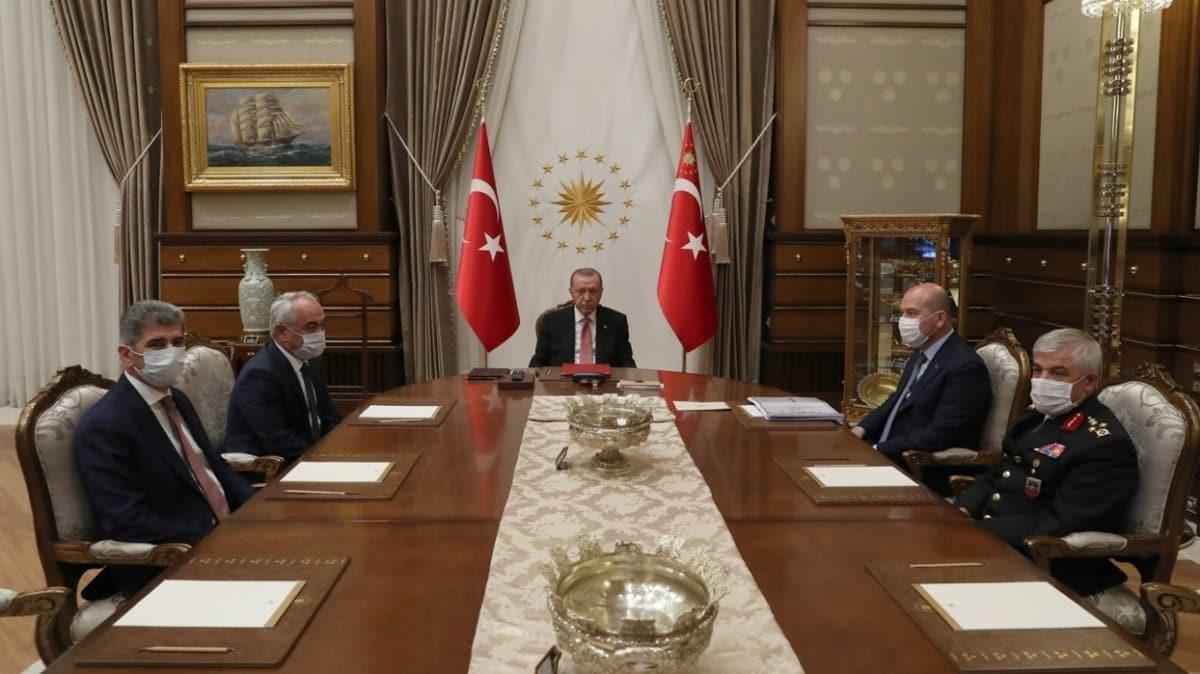 Başkan Erdoğan, İçişleri Bakanı Soylu ve beraberindekileri kabul etti