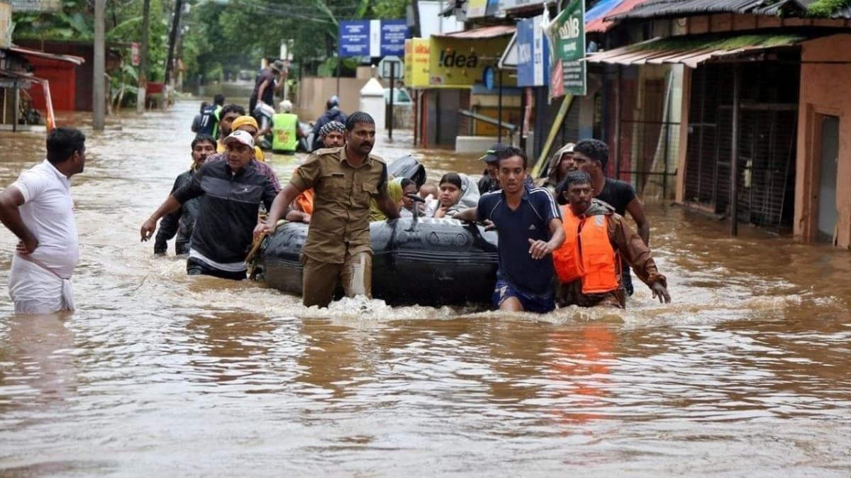 Hindistan'daki sel felaketi: Ölenlerin sayısı 135'e yükseldi