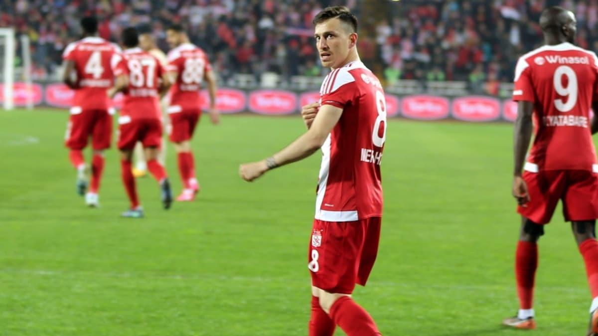 Sivasspor'dan Mert Hakan Yandaş'a veda