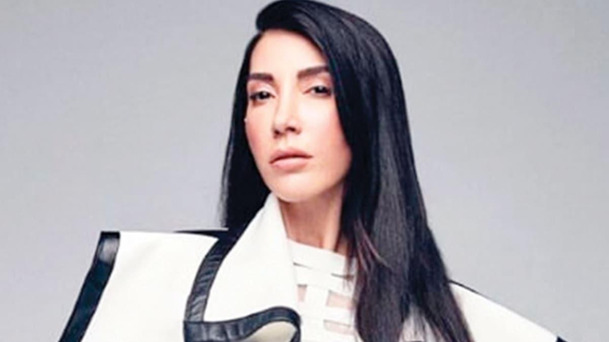 Hande Yener'den 20. yıla özel 10 şarkı!