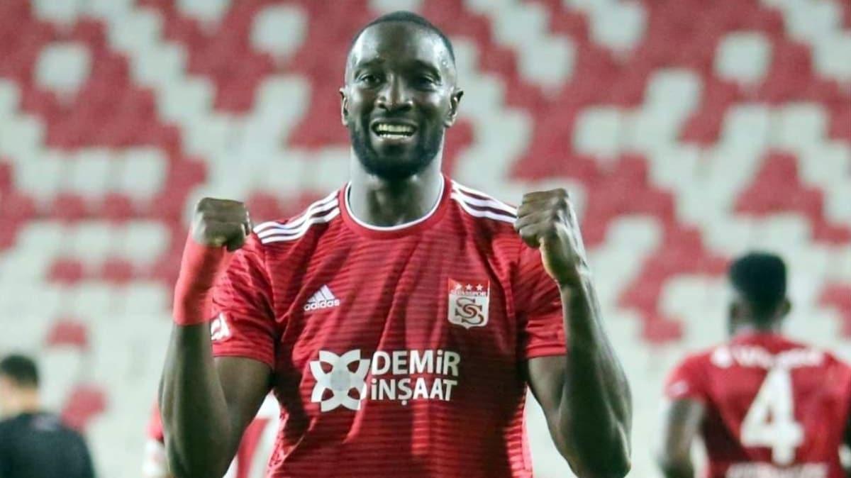 Sivasspor'da sezonun en golcü ismi Mustapha Yatabare