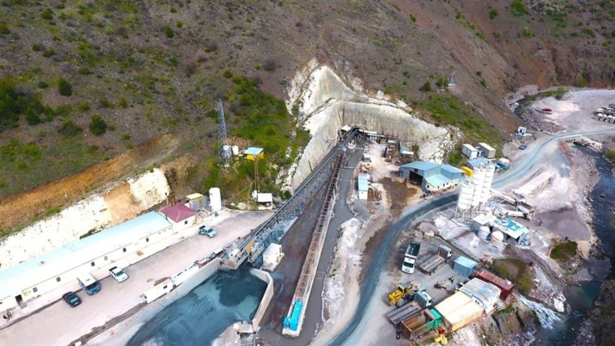 Bakan Pakdemirli: Türkiye'nin en uzun içme suyu tüneli 166 milyon metre küp su taşıdı