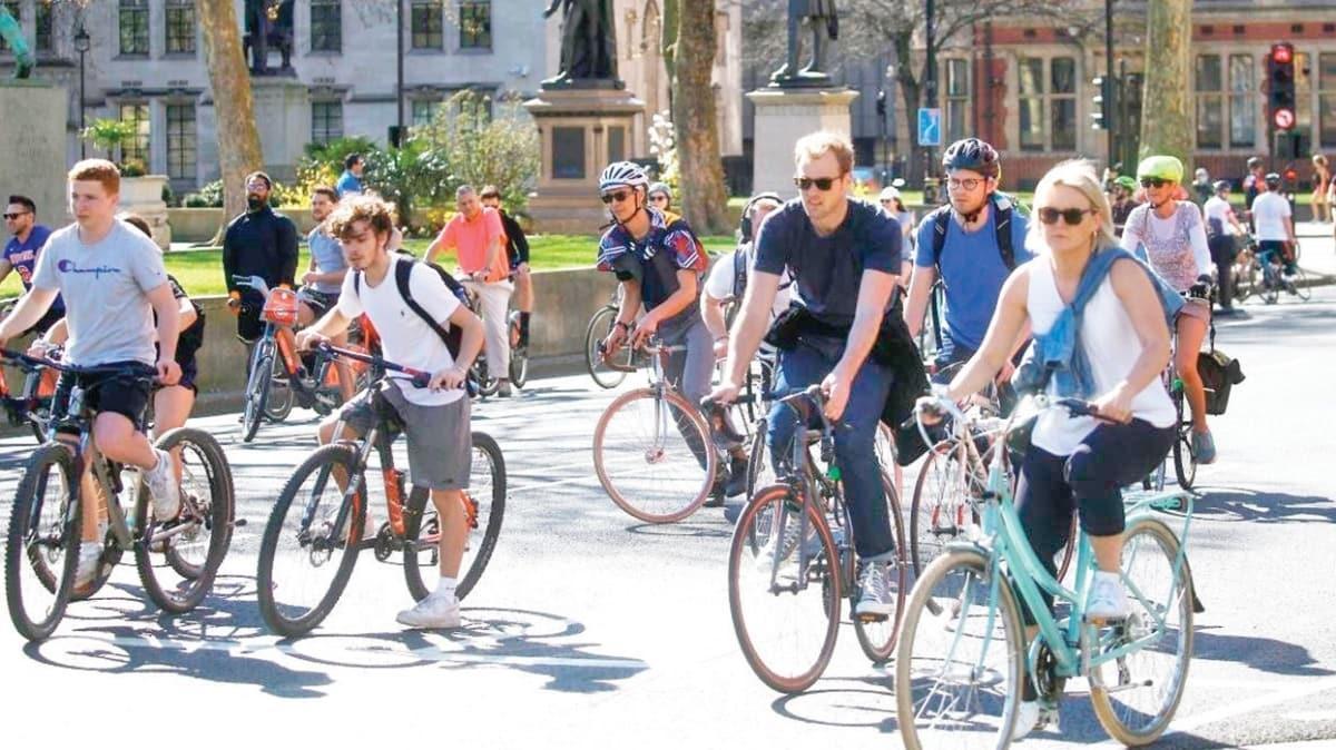 İngiltere'den bisiklet ve sağlık devrimi planı
