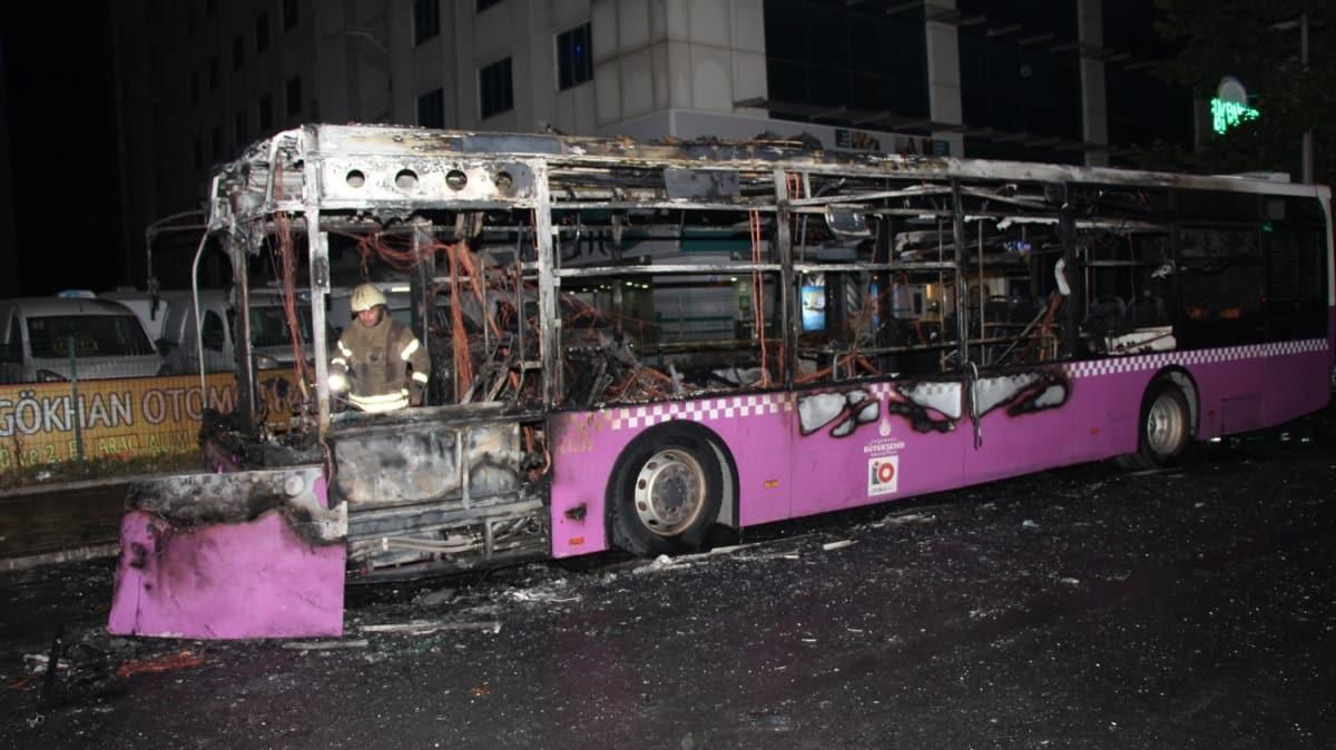 Özel halk otobüsü, giyim kutusu, reklam panosu... Hepsini sırayla ateşe verdi!