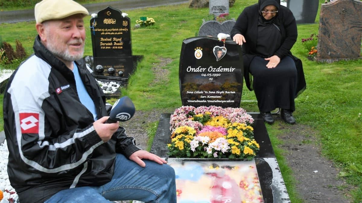 İsveç'te Türk genci Önder Özdemir'in mezarı, Galatasaray amblemi ve formasıyla süslendi