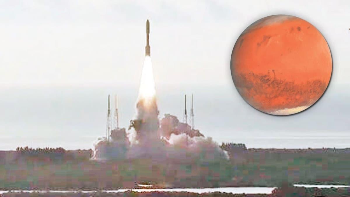 NASA uzay aracı Perseverance'ı Mars'a gönderdi! Yaşam izleri arayacak