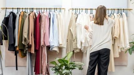 Desenli elbiseler nasıl kombinlenir? Elbiseleri kombinleme önerileri
