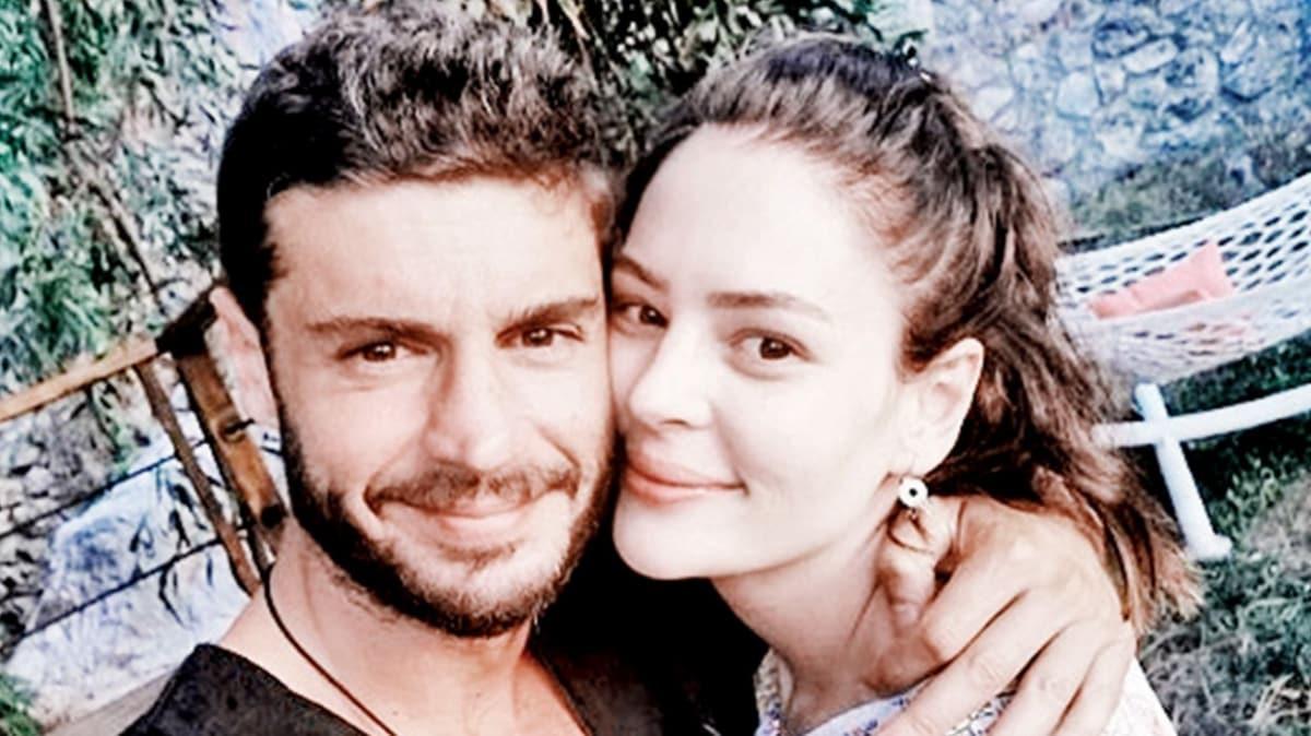 Berk Oktay'dan sevgilisi Yıldız Çağrı Atiksoy ile birlikte ilk fotoğraf!