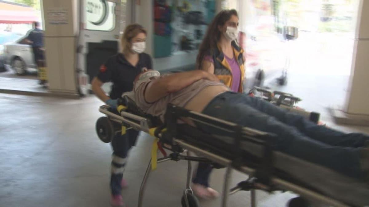 Selektörü yanlış anladı: Yardımsever vatandaşı beyzbol sopasıyla dövüp hastanelik etti