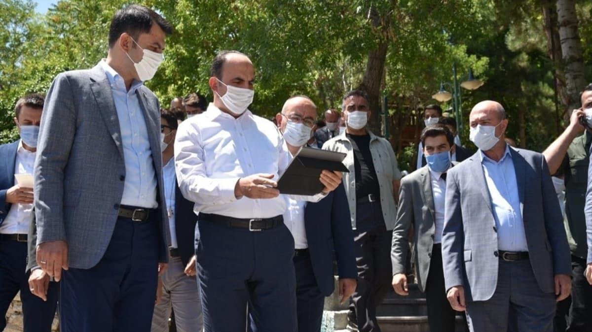 Bakan Kurum, Konya'da incelemelerde bulundu