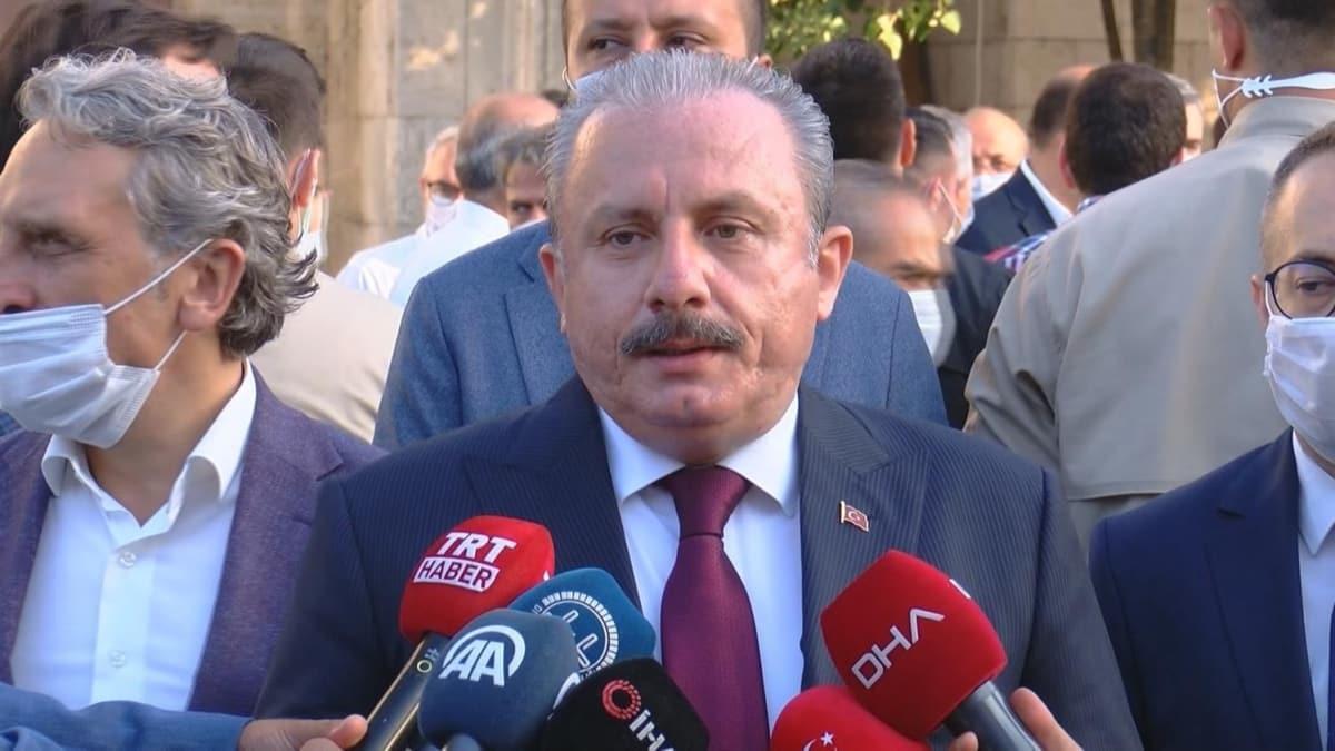 TBMM Başkanı Şentop Bayram Namazı'ndan sonra açıklama yaptı: Ayasofya'nın açılması tarihimizde en önemli dönüm noktalarından birisi olmuştur