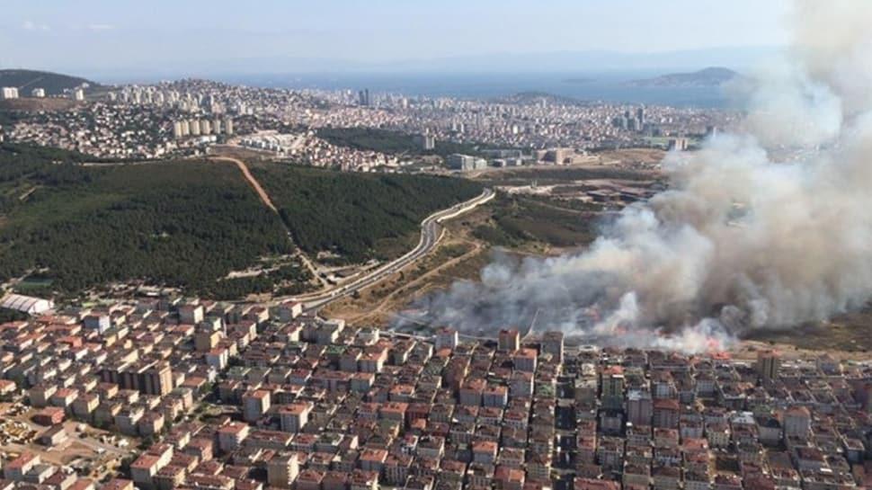 Maltepe'de askeri alanda yangın: İtfaiye ekipleri müdahale ediyor