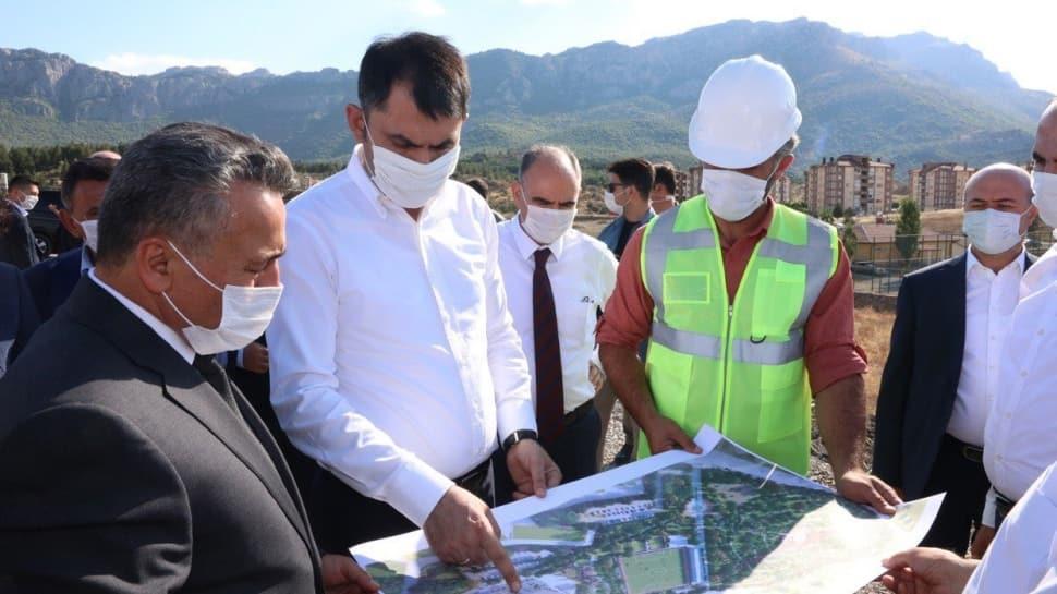 Bakan Kurum, Konya Seydişehir'de incelemelerde bulundu