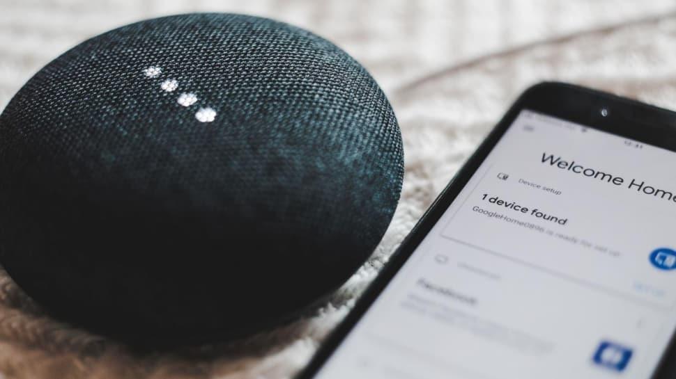 Google Home'un evdeki sesleri dinlediği ortaya çıktı