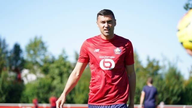 Burak Yılmaz, Lille ile ilk maçına çıktı