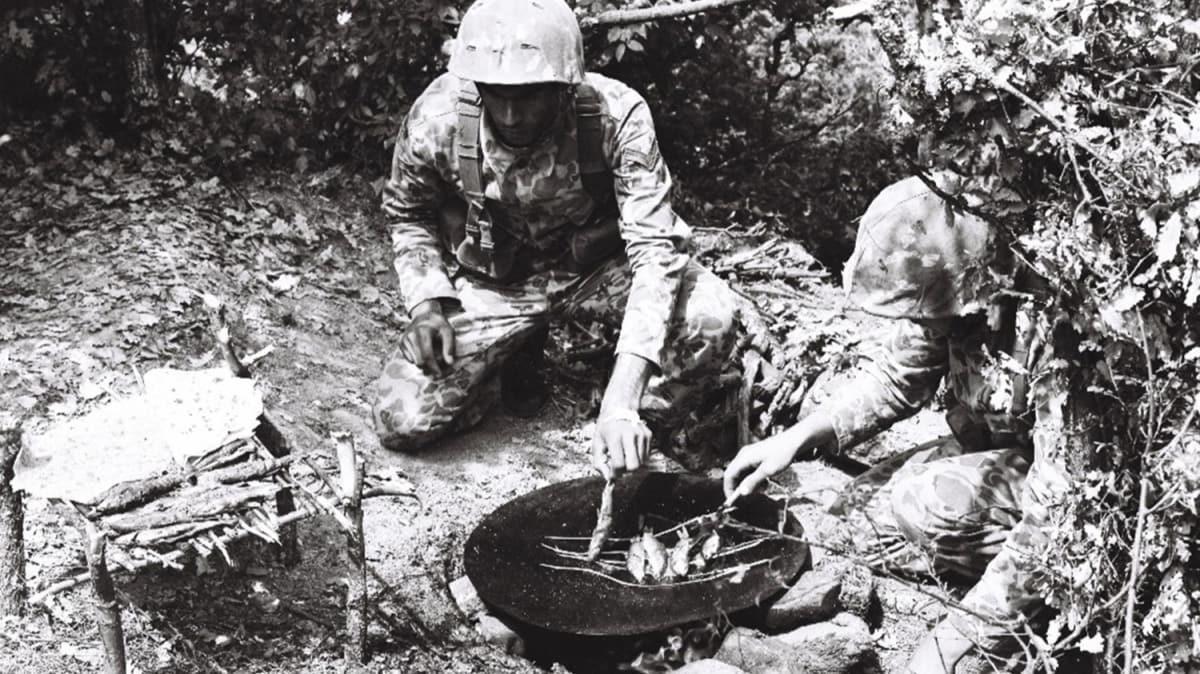 MSB, 1979 yılında icra edilen bir tatbikattan kare paylaştı