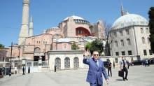 Ayasofya önünden mesaj: Yunan sözünde durmadı