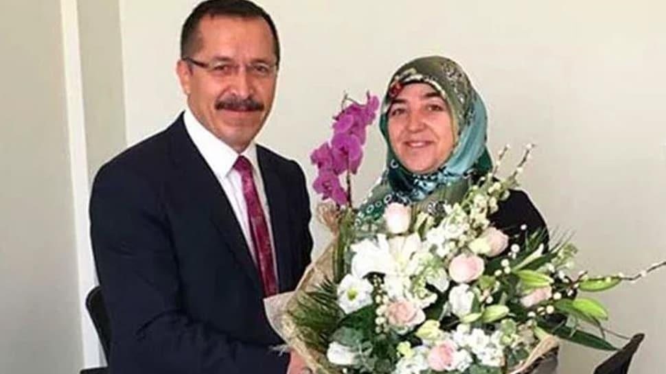 Eşe özel ilan açan Pamukkale Üniversitesi rektörü Hüseyin Bağ görevden uzaklaştırıldı