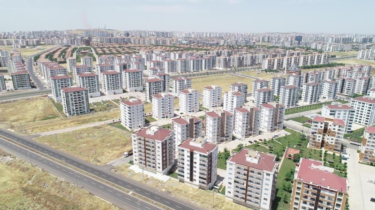 Fırsatçılar yine iş başında: Bin TL'lik daireler 4 bin TL'ye yükseldi