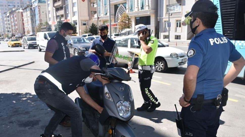 Ülke genelinde 23 bin 250 personelin katılımıyla 4 bin 643 noktada eş zamanlı motosiklet uygulaması yapıldı