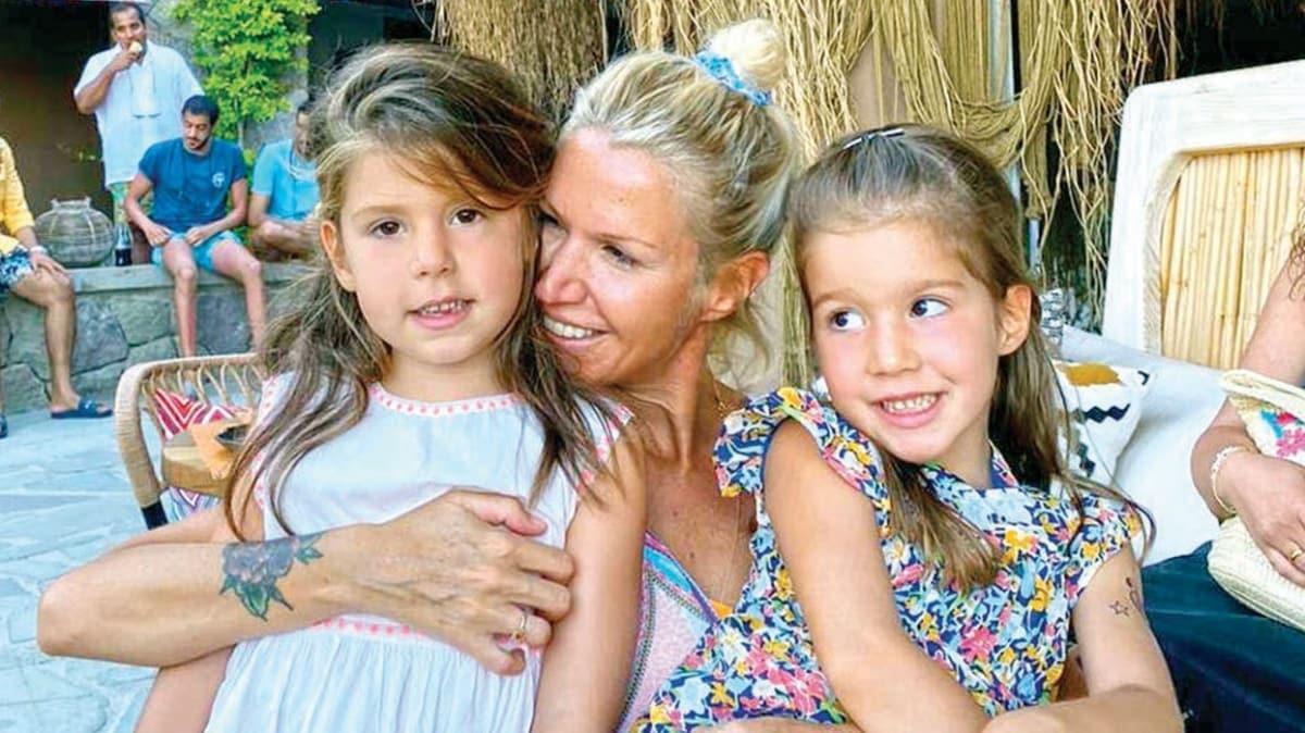 Derin Mermerci ikiz kızları Lal ve Mina'yı ilk kez gösterdi