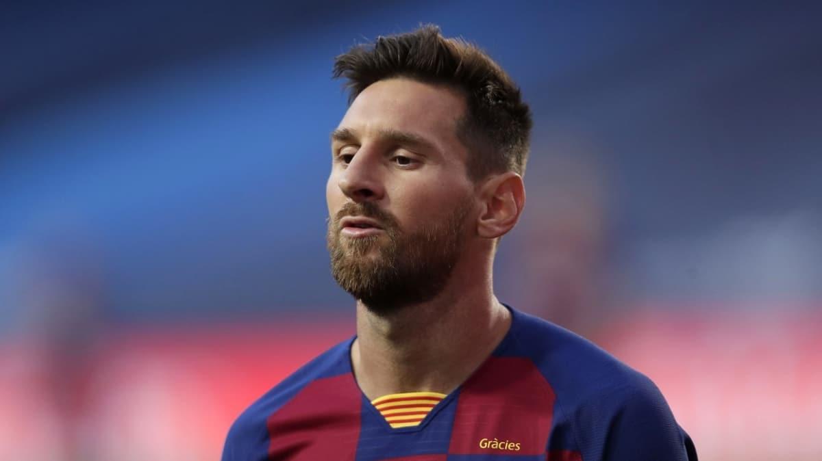Lionel Messi yeni hocası Ronald Koeman'a Barcelona'dan ayrılmak istediğini söyledi