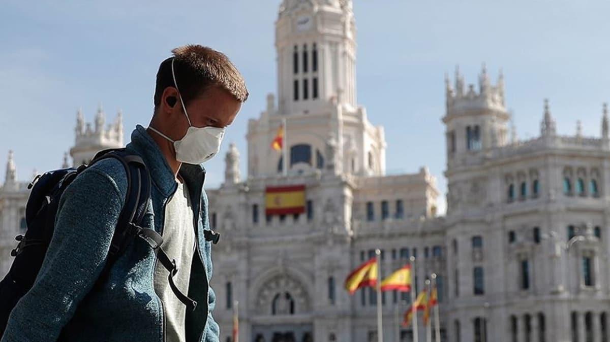 İspanya'da son üç gündür koronavirüs vaka sayıları 3 binin üzerinde seyrediyor!