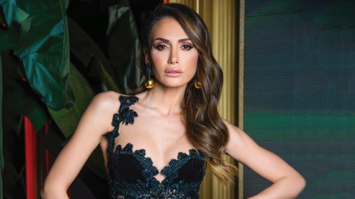 """Mustafa Sandal'ın eski eşi Emina Jahovic yeni bir aşka mı yelken açtı"""""""