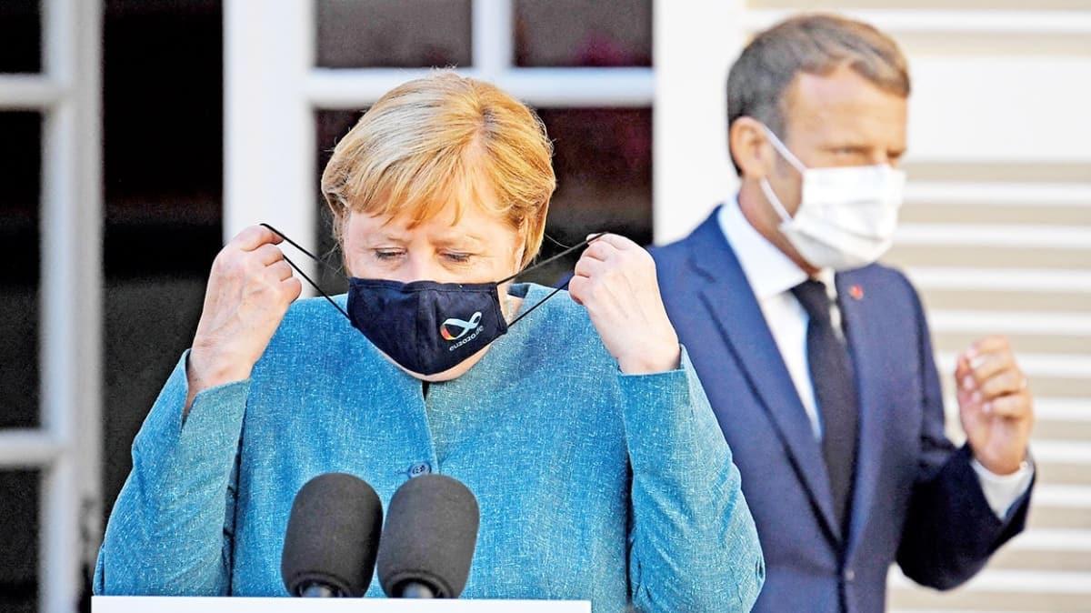 Almanya-Fransa ayrı telden! Macron 'gerginlik' Merkel 'istikrar' istedi