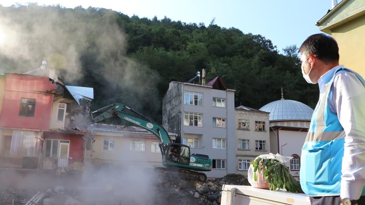 Bakan Kurum: Doğankent'te 150, Dereli'de 200 konut inşası için çalışma başlattık