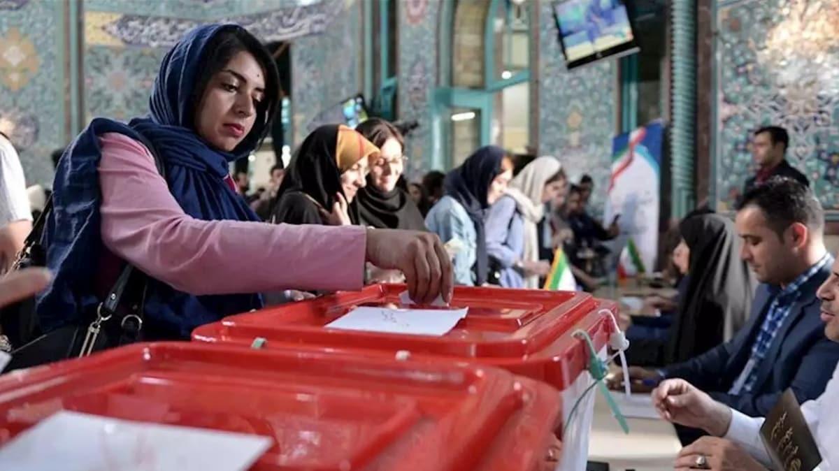 İran'da Cumhurbaşkanlığı seçimleri 18 Haziran 2021'de yapılacak