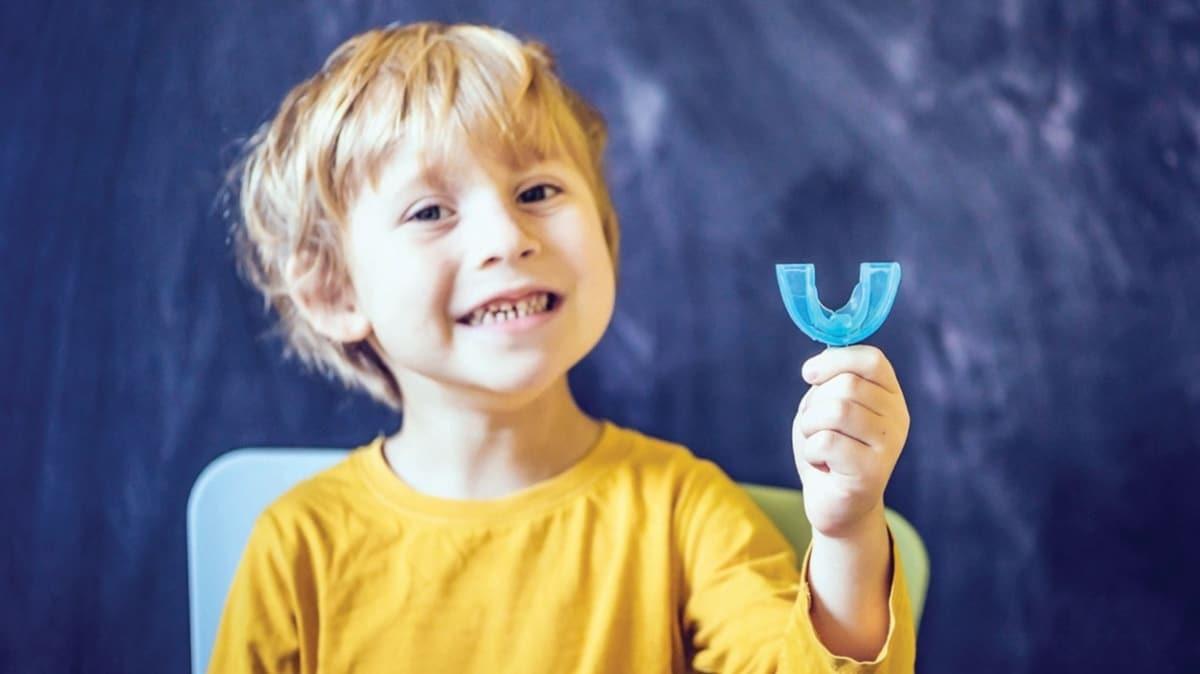 Çocukta çarpık dişler sosyalleşmeyi önlüyor