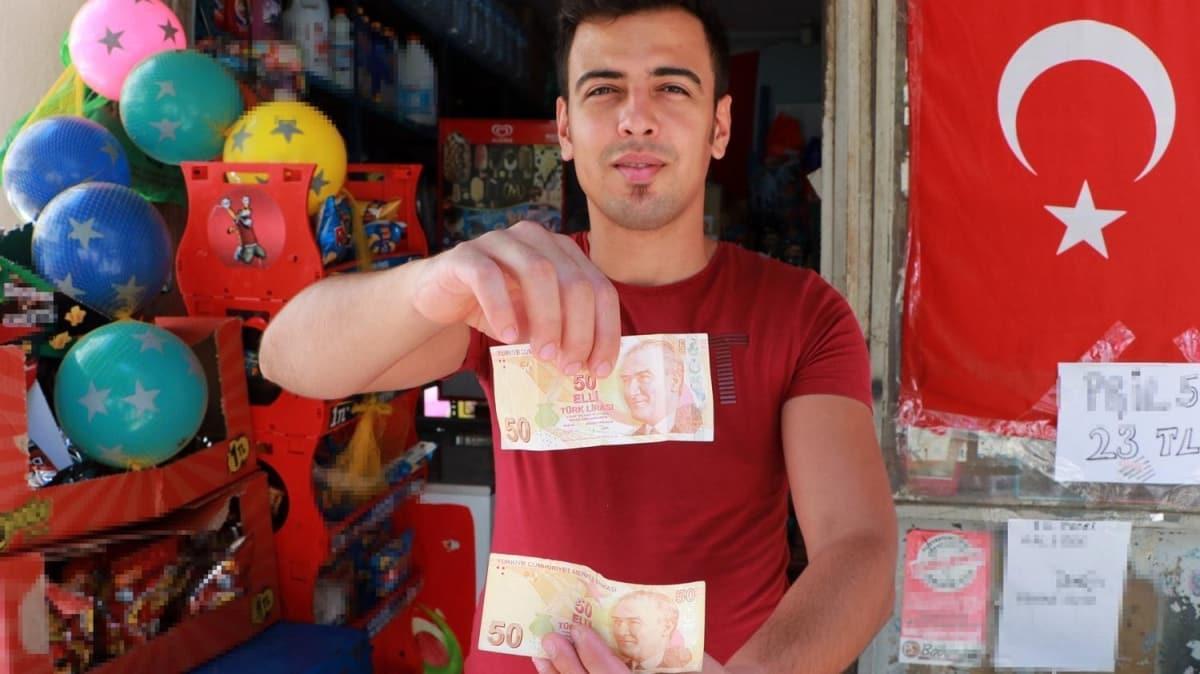 Kasadaki parayı sayarken fark ettiği hatalı basım 50 TL'yi satıyor: Milli piyango çıkmış gibi sevindim