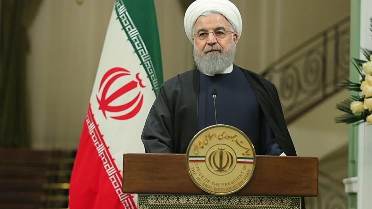 İran Cumhurbaşkanı Ruhani: Milletimiz, ABD'ye teslim olmadı