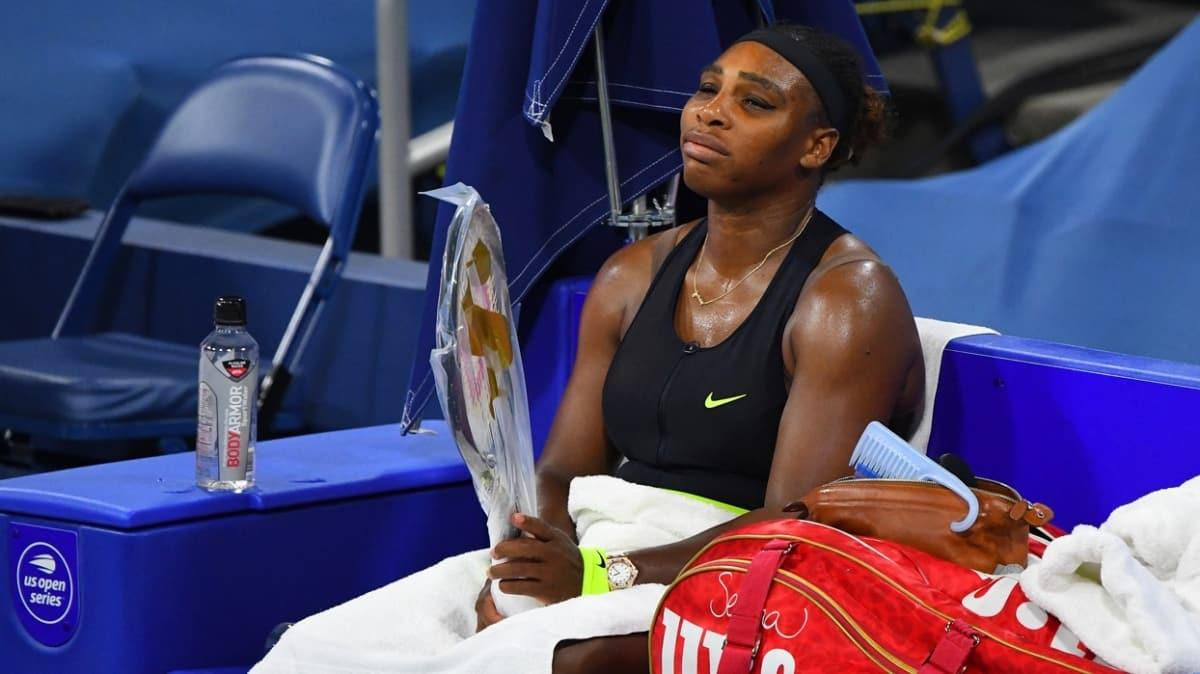 Andy Murray ve Serena Williams üçüncü turda elendi
