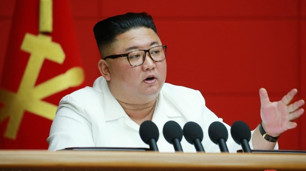 Yetkilerini kız kardeşine devrettiği iddia edilmişti... Kuzey Kore lideri Kim Jong-un yeniden ortaya çıktı