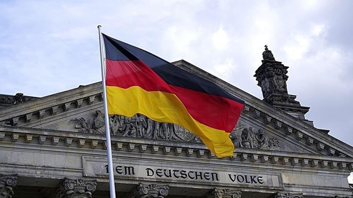 Almanya'dan İran'la ilgili sert açıklama: Bölgede tehlikeli bir rol oynuyorlar