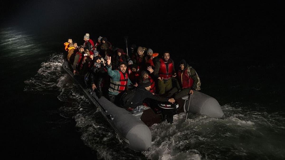Çanakkale açıklarında 145 düzensiz göçmen kurtarıldı