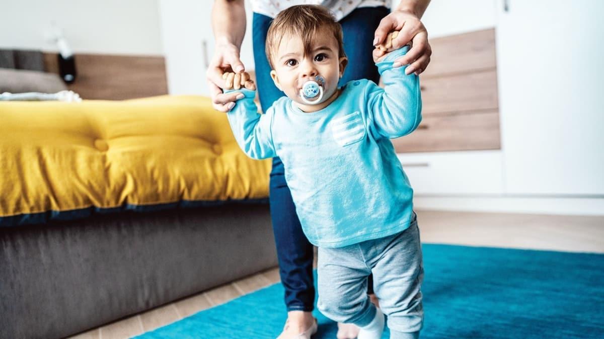 Erkek çocuğunuz geç yürüdüyse dikkat!