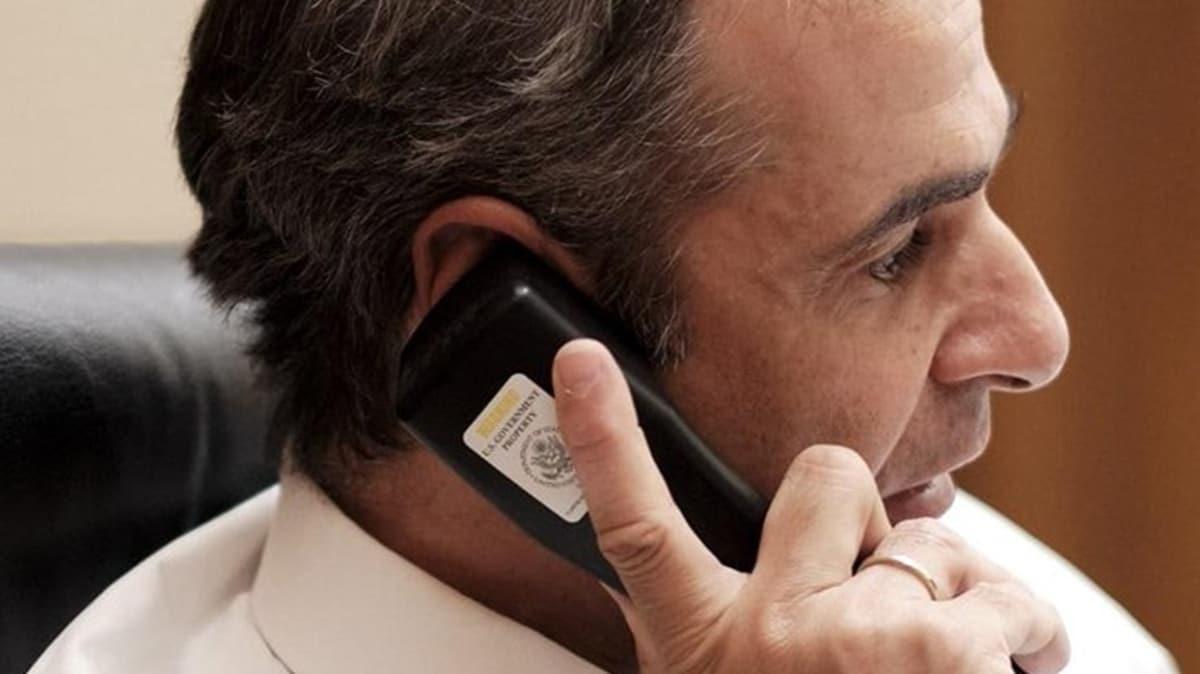 Trump-Miçotakis görüşmesinde dikkat çeken detay... Miçotakis'in  ABD'nin verdiği kriptolu telefonu kullandığı ortaya çıktı!