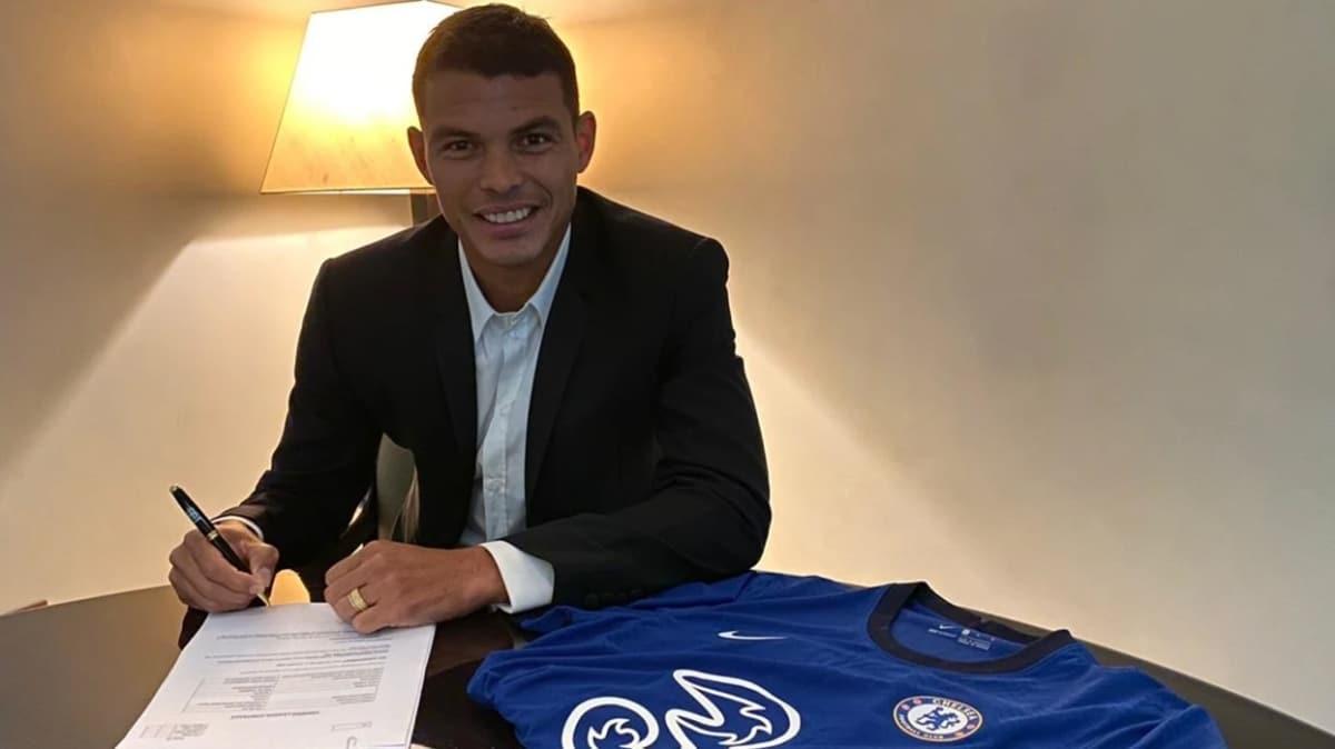 Chelsea, 35 yaşındaki Thiago Silva ile 1+1 yıllık sözleşme imzaladı